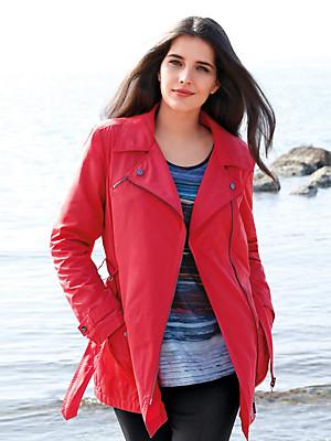 Emilia Lay - Jasje
