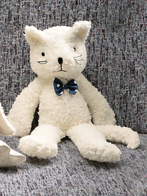 Himmelgrün - La peluche chat