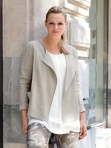 Anna Aura - La veste