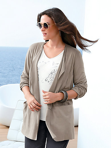 Emilia Lay - La veste